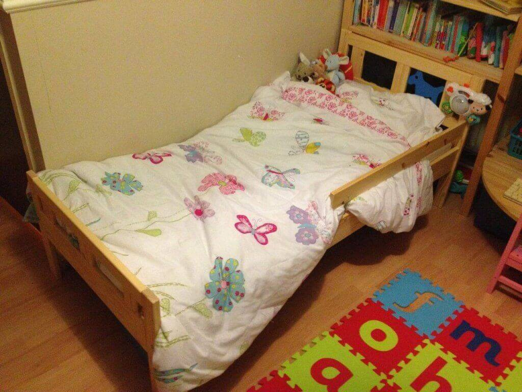 Georgie 39 S Big Girl Bed Mama Geek