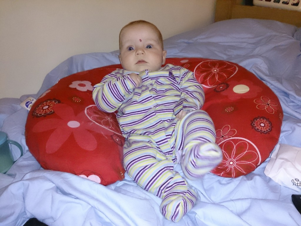 Lydia chilling out using the Wynnie pillow as support!