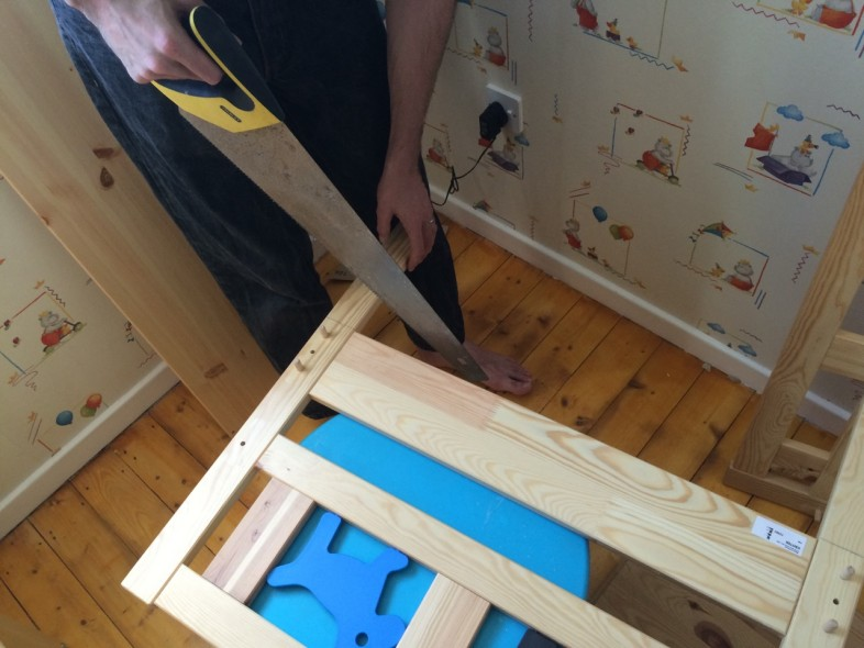 Cutting kritter bed down to size - kura bunkbed hack