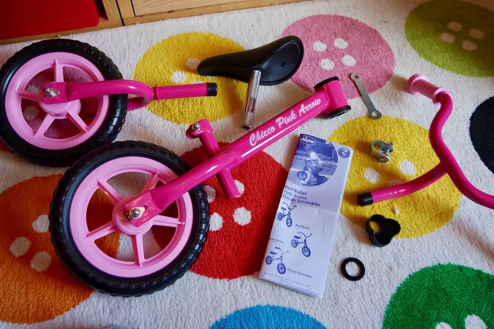 Review Chicco Pink Arrow Balance Bike ⋆ Mama Geek