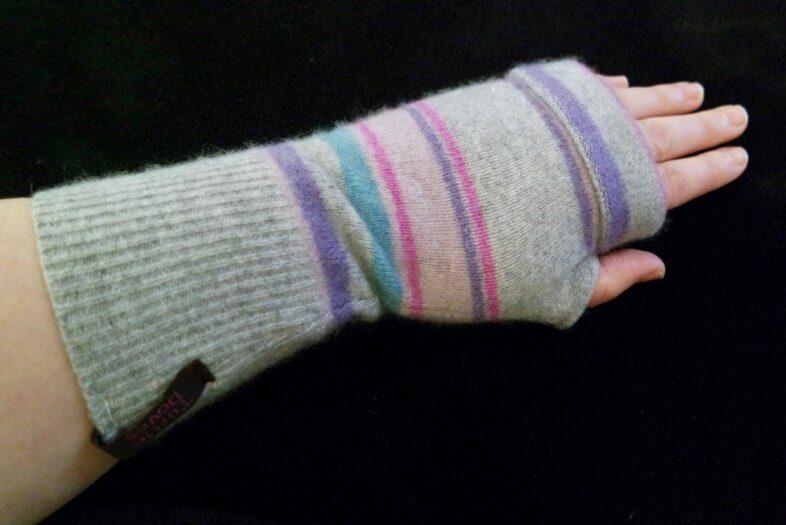 Turtle Doves Fingerless Gloves