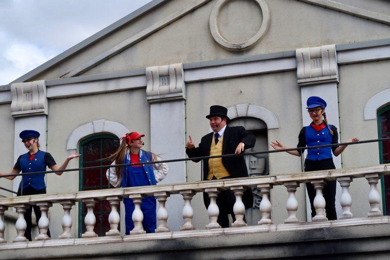 Fat Controller - Balcony Show