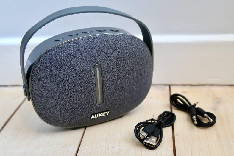 Aukey Portable Bluetooth Speark