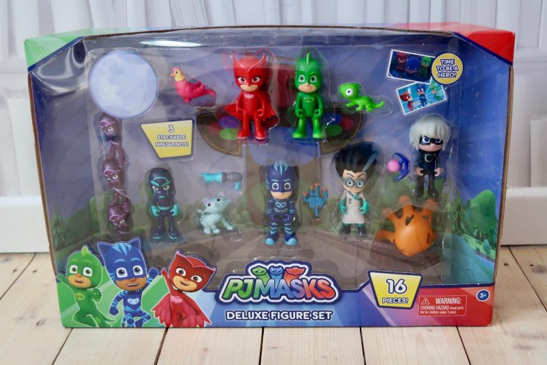 Pj Masks 16 piece deluxe figure set