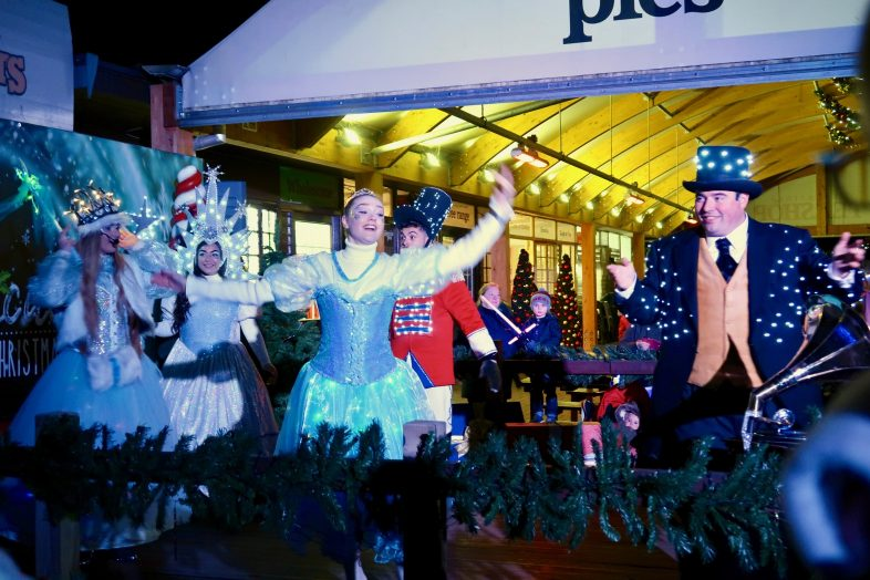 Magical Christmas at Drayton Manor